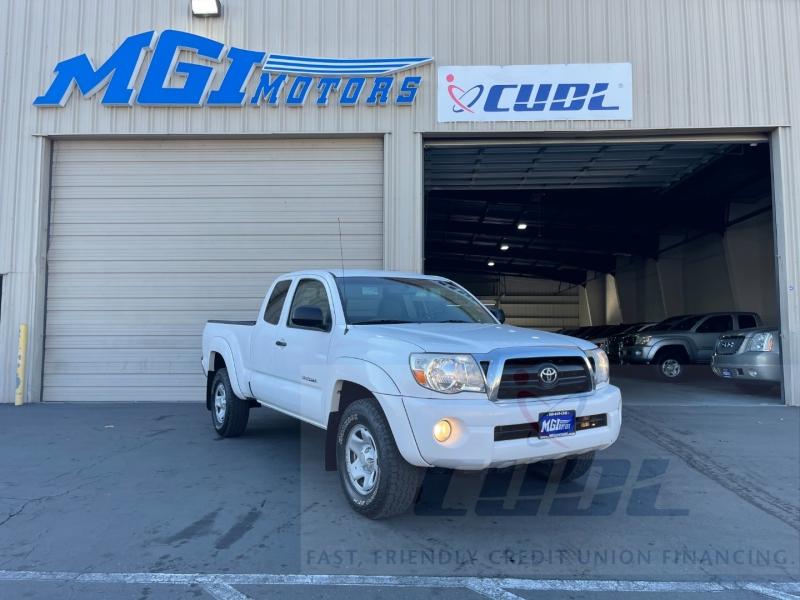 Toyota Tacoma 2007 price $12,999