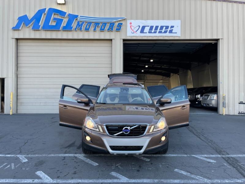 Volvo XC60 2010 price $8,995
