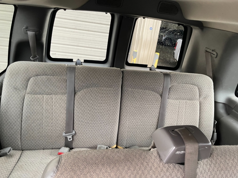 GMC Savana Passenger 2008 price $10,995