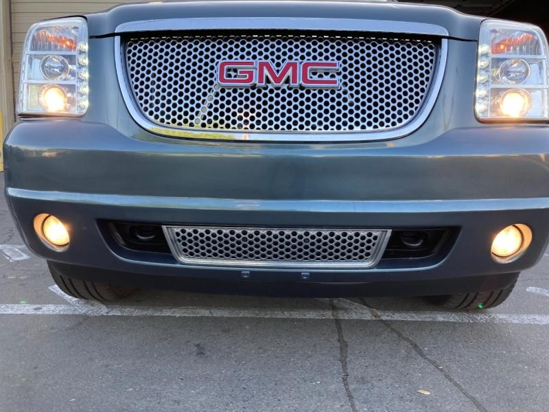 GMC Yukon Denali 2007 price $11,995