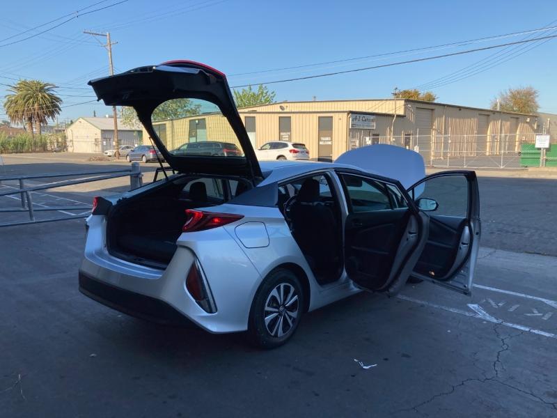 Toyota Prius Prime 2017 price $19,995