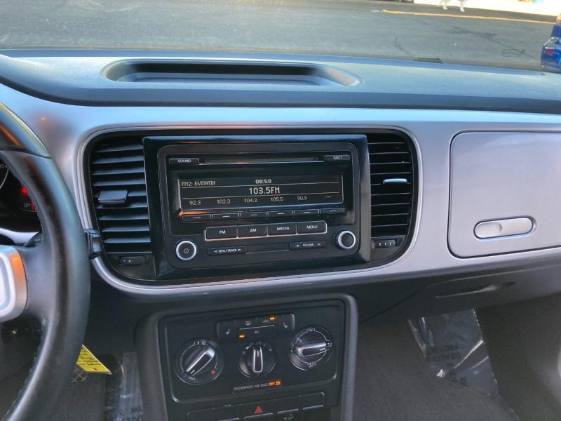 Volkswagen Beetle 2012 price $6,995