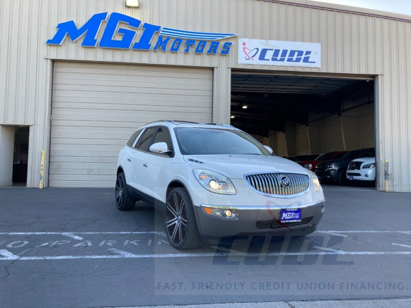 Buick Enclave 2008 price $8,995