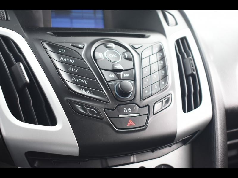 Ford Focus 2013 price $7,995