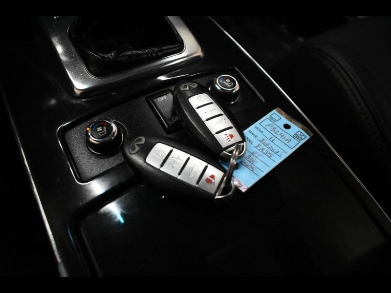Infiniti FX35 2011 price $15,995
