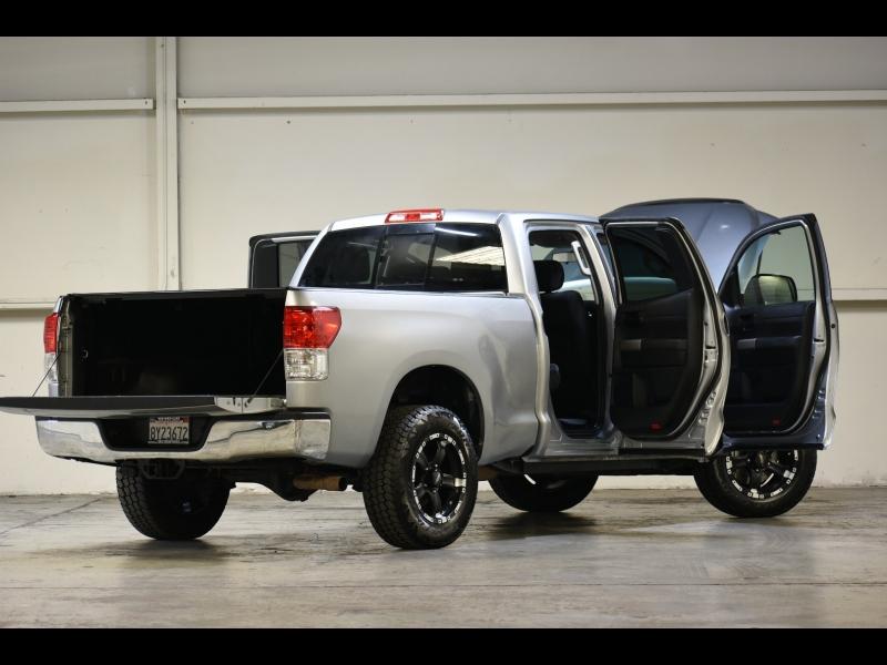 Toyota Tundra 4WD Truck 2011 price $17,995