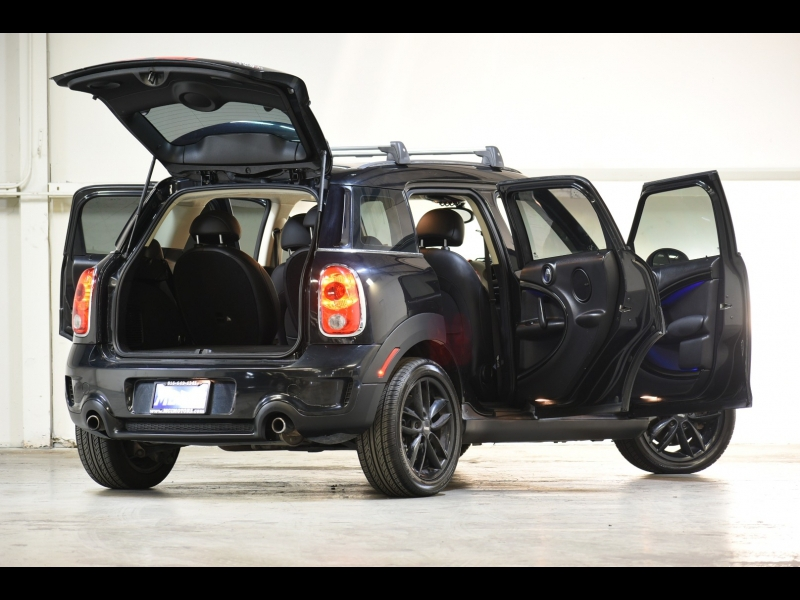 Mini Cooper Countryman 2011 price $11,995