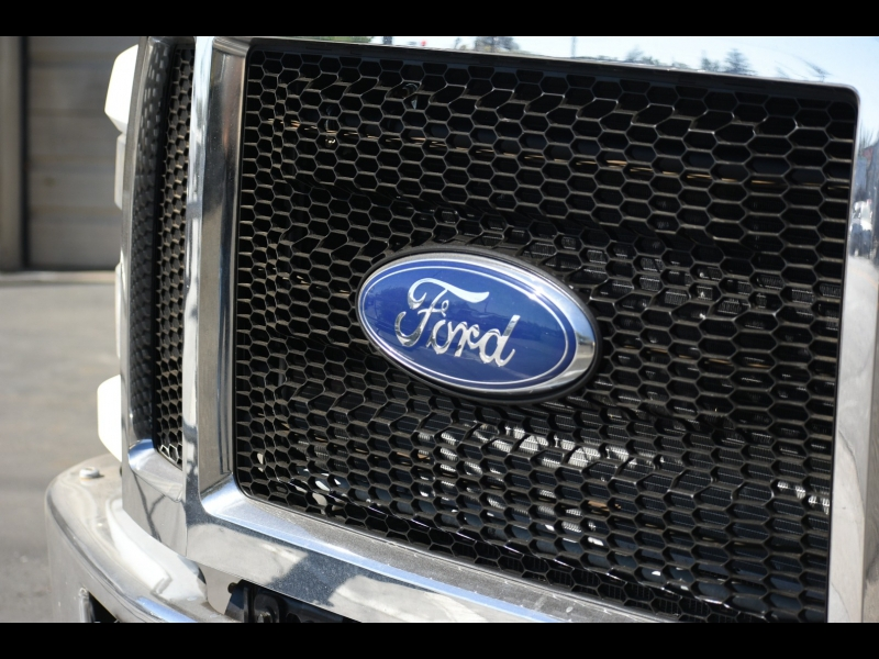 Ford - 2017 price $98,995