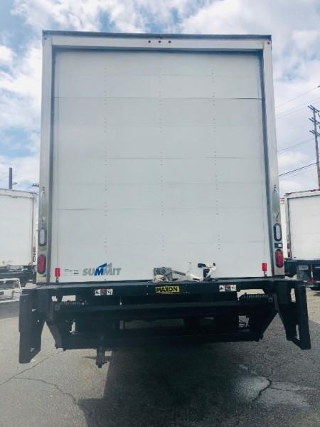 Freightliner M2106 2017 price $59,500