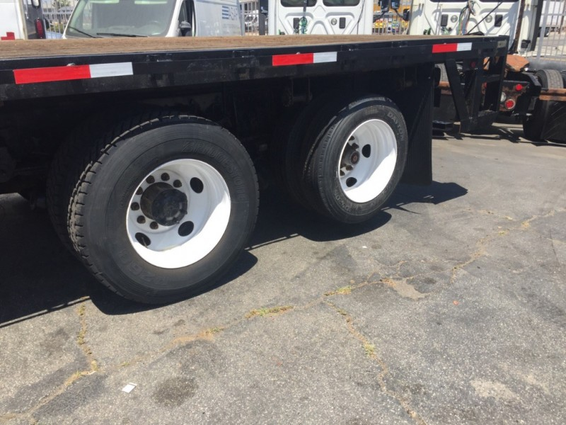 Freightliner Business Class M2 2012 price $28,900