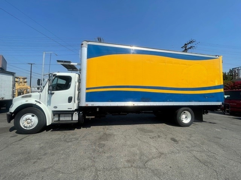 Freightliner M2 106 2012 price $47,000