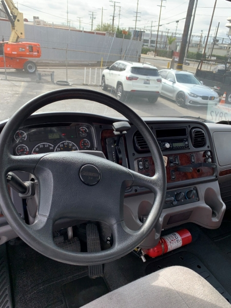 Freightliner M2 106 2014 price 28500