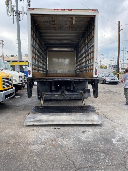 Freightliner M2 106 2014 price 32,000