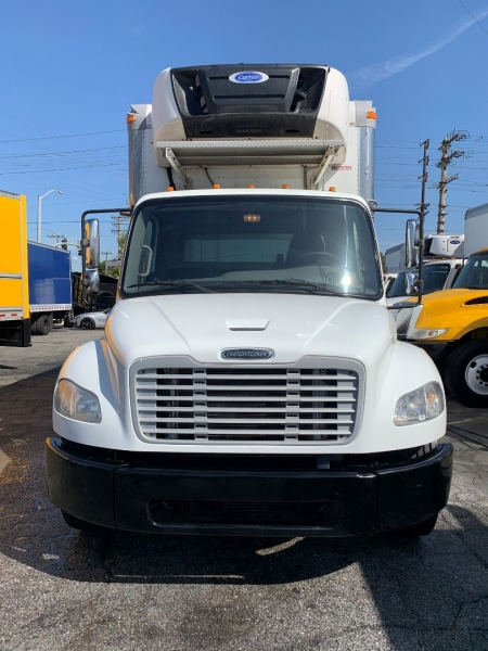 Freightliner M2 106 2015 price $38,900