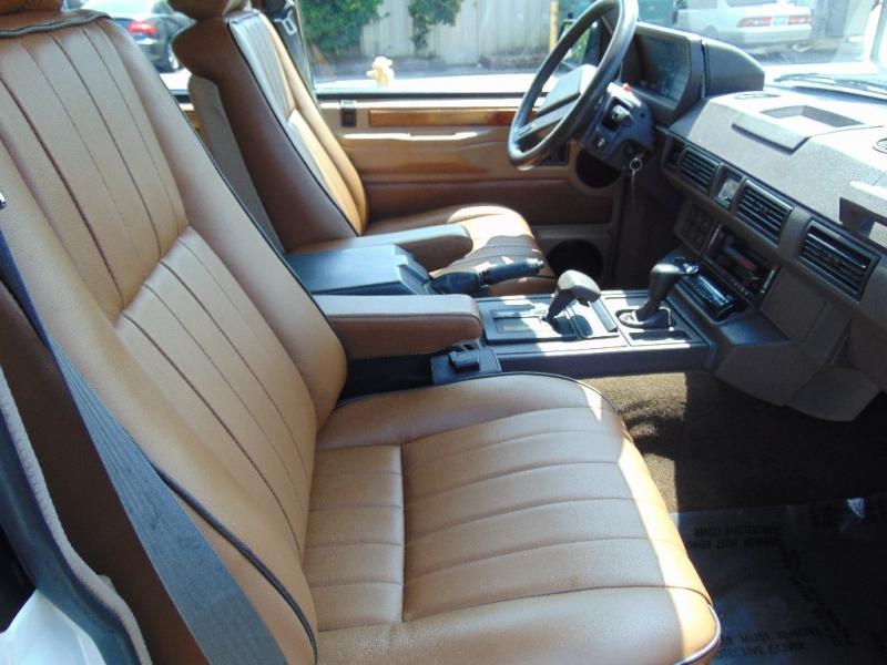 Land Rover Range Rover 1990 price $16,995