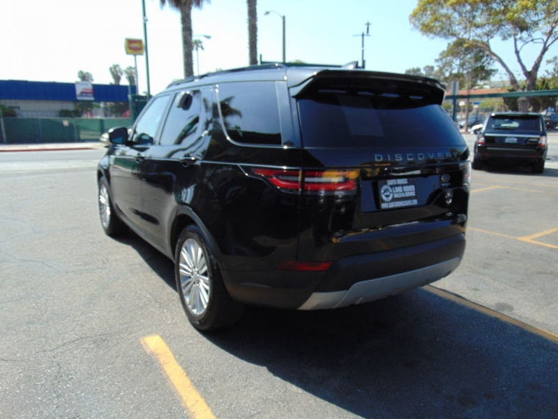 Land Rover Discovery 2017 price $42,995