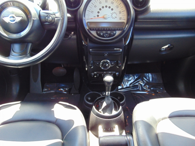 Mini Cooper Countryman 2014 price $12,995