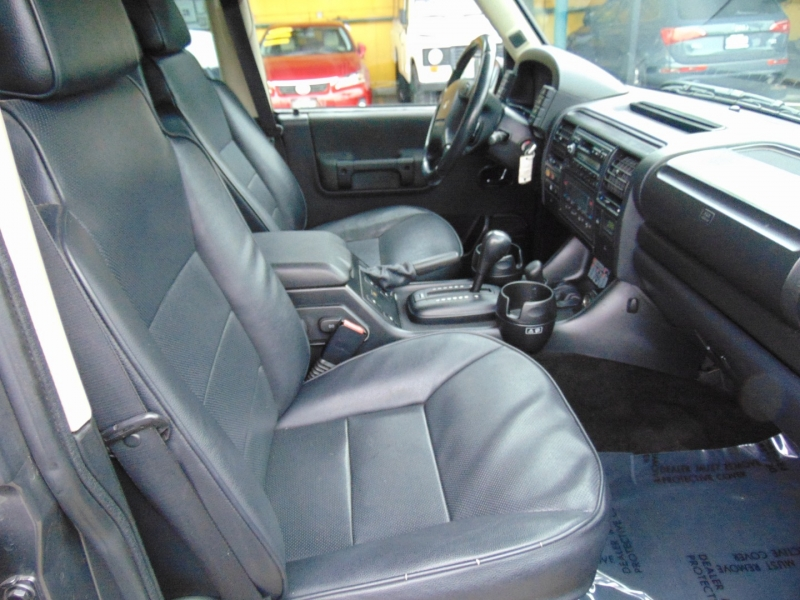 Land Rover Discovery 2003 price $11,995