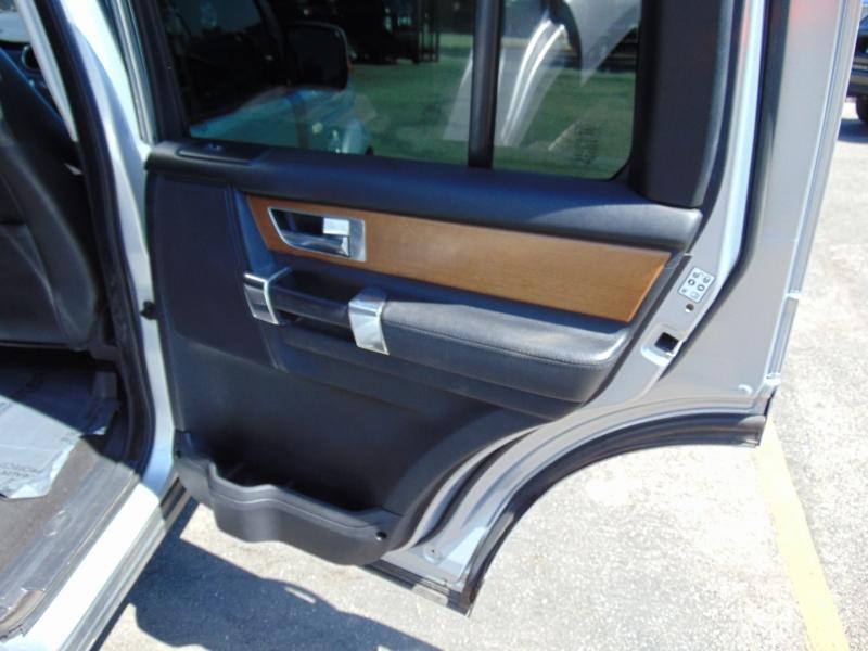 Land Rover LR4 2013 price $19,995