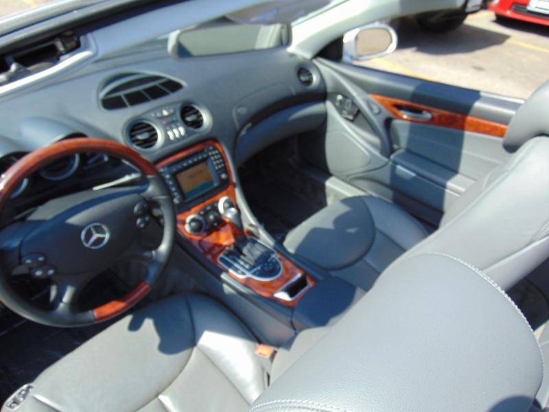 Mercedes-Benz SL-Class 2003 price $15,995