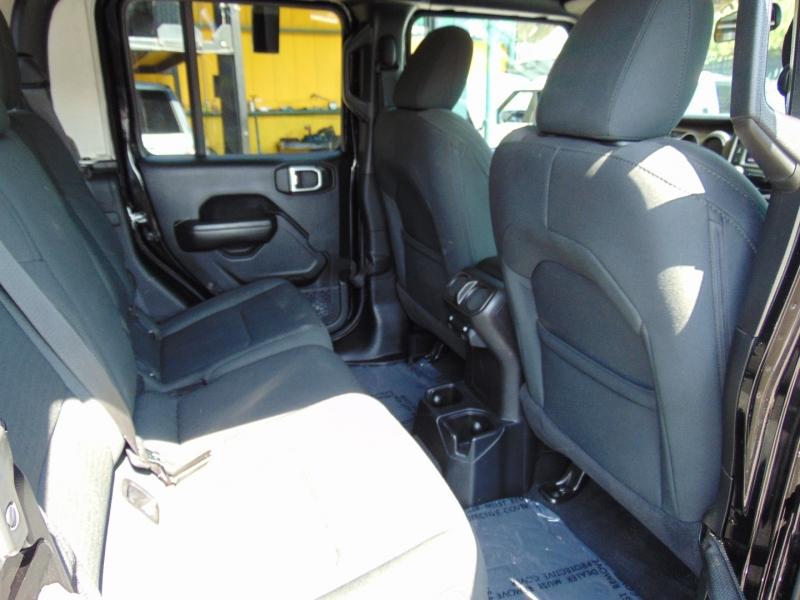 Jeep Gladiator 2020 price $42,995