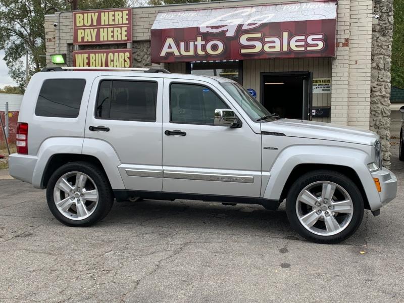 Jeep Liberty 2011 price $12,900