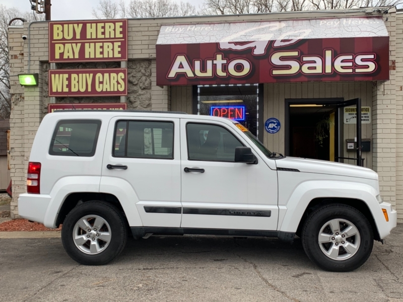 Jeep Liberty 2011 price $10,900