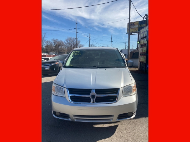 Dodge Grand Caravan 2008 price $8,900