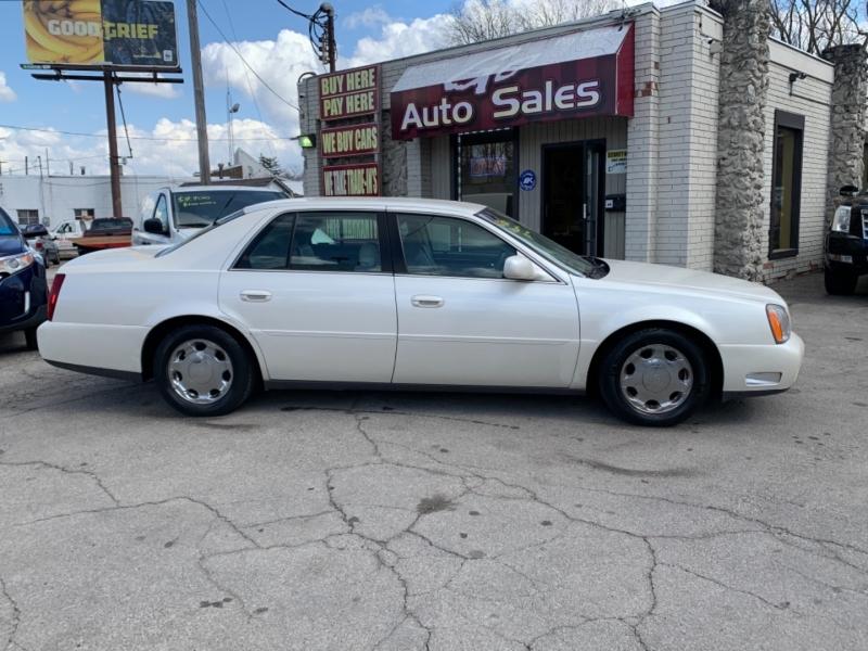 Cadillac DeVille 2001 price $6,900