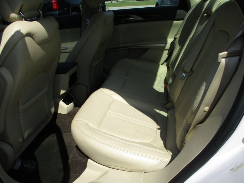 LINCOLN MKZ 2014 price $17,500