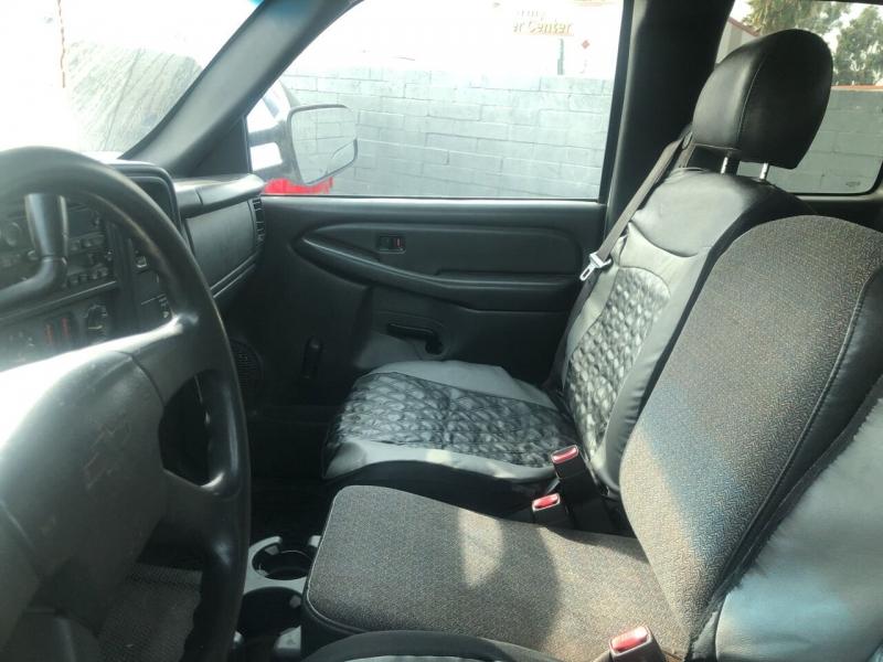 Chevrolet Silverado 2500HD 2006 price $13,999
