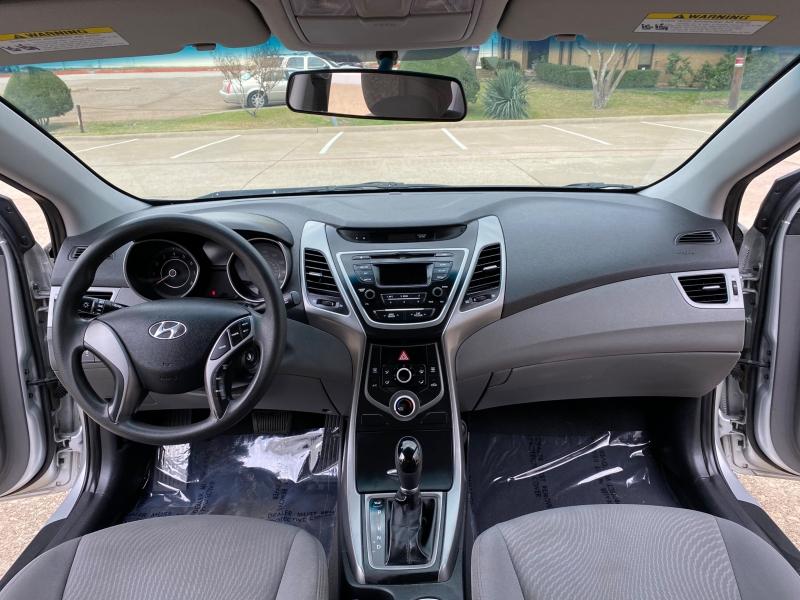 Hyundai Elantra 2015 price $7,999