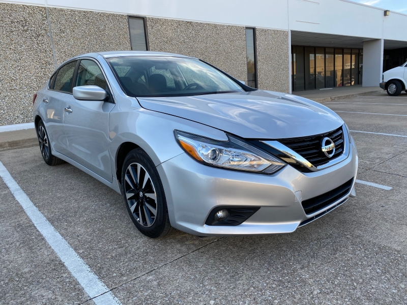 Nissan Altima 2018 price $12,498
