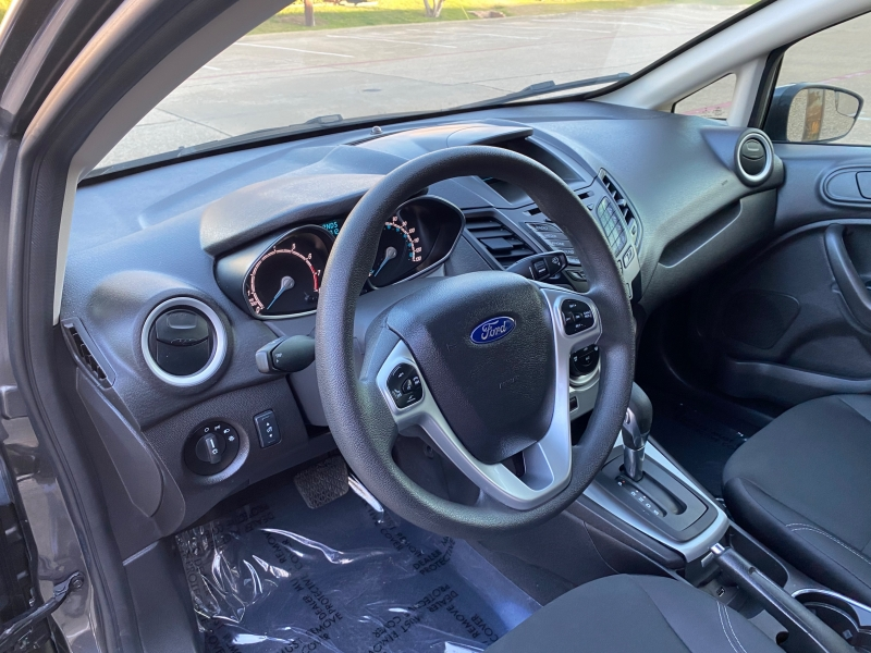 Ford Fiesta 2017 price $8,499