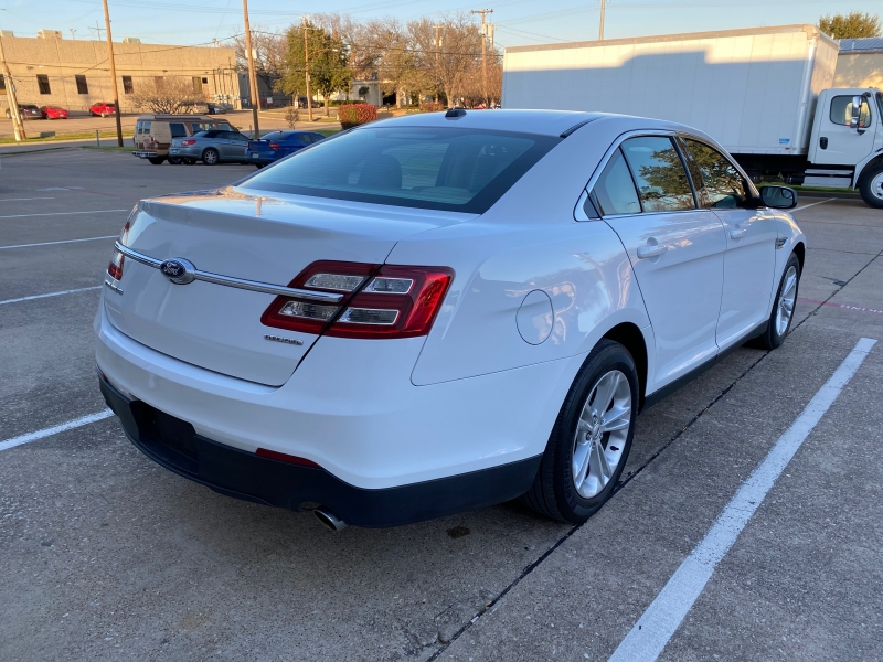 Ford Taurus 2017 price $10,750
