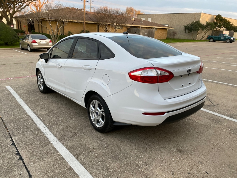 Ford Fiesta 2019 price $7,999
