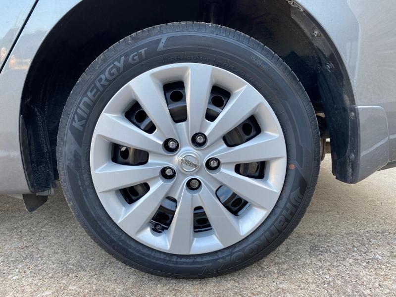 Nissan Sentra 2017 price $8,999