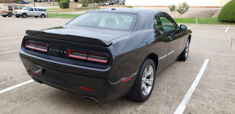 Dodge Challenger 2018 price $17,999