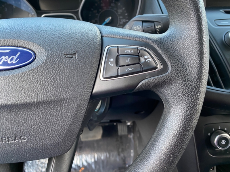 Ford Focus 2017 price $9,499