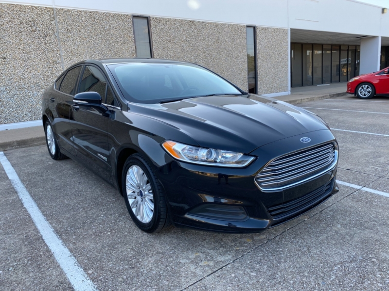 Ford Fusion 2016 price $11,399