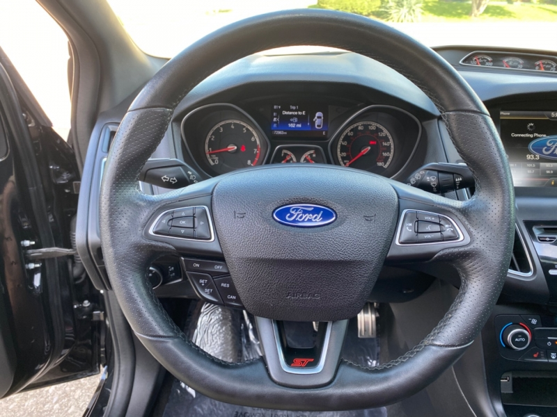 Ford Focus 2015 price $14,999