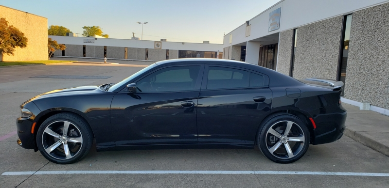 Dodge Charger 2017 price $15,499