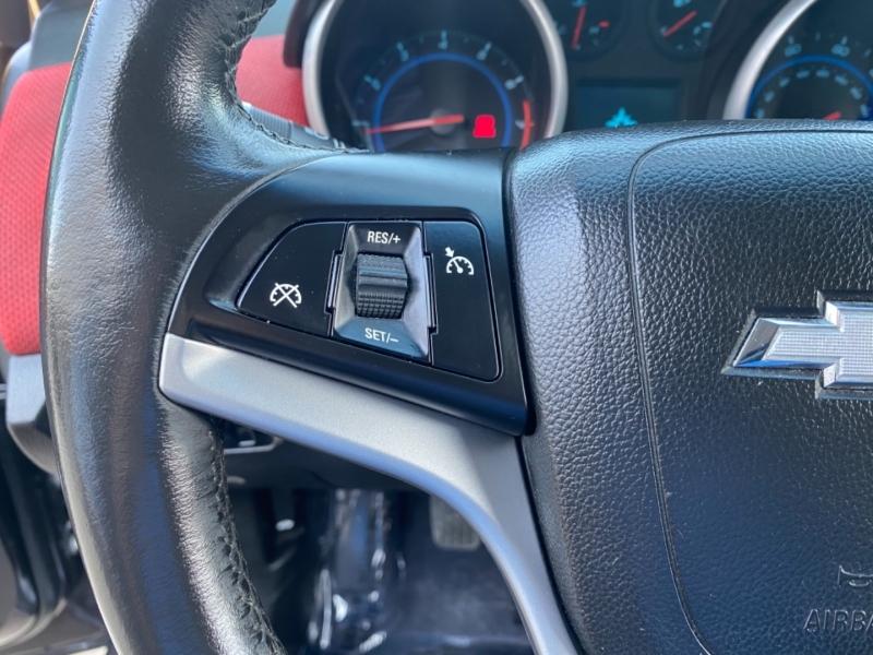 Chevrolet Cruze 2011 price $4,999