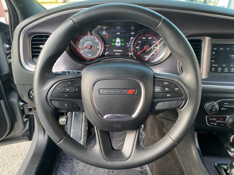 Dodge Charger 2018 price $18,999