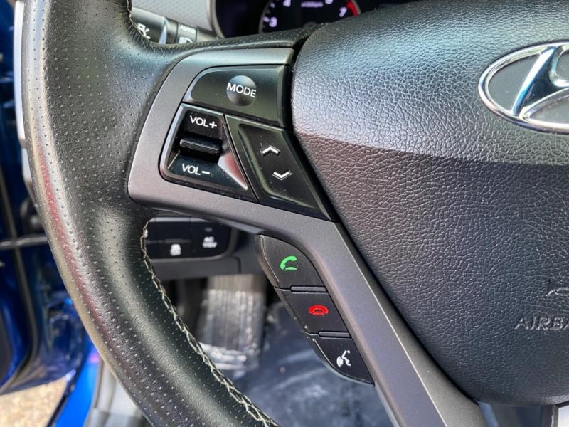 Hyundai Veloster 2017 price $13,999