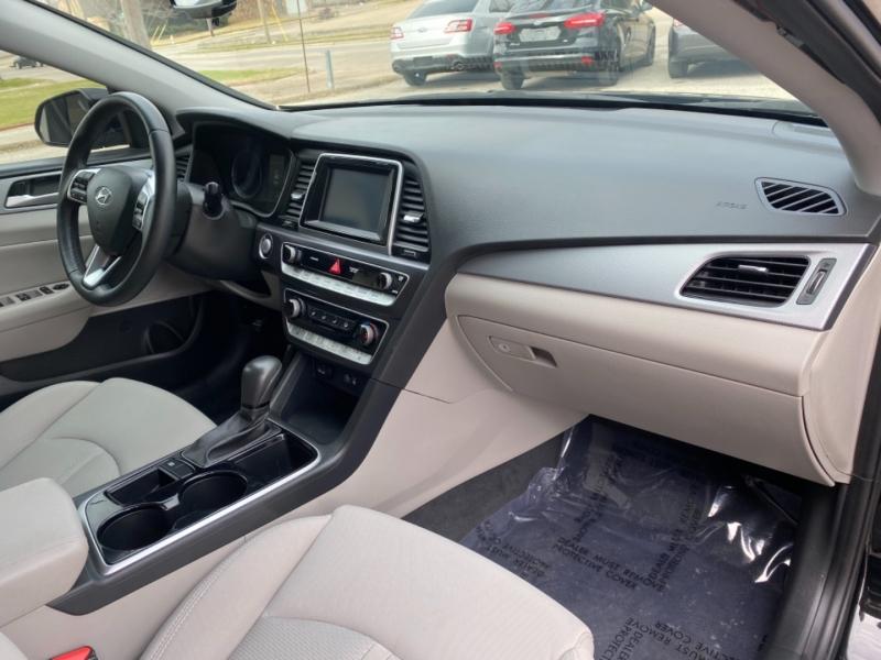 Hyundai Sonata 2018 price $13,499