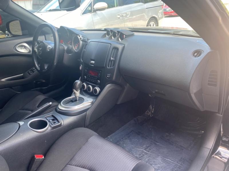 Nissan 370 Z 2020 price $24,999