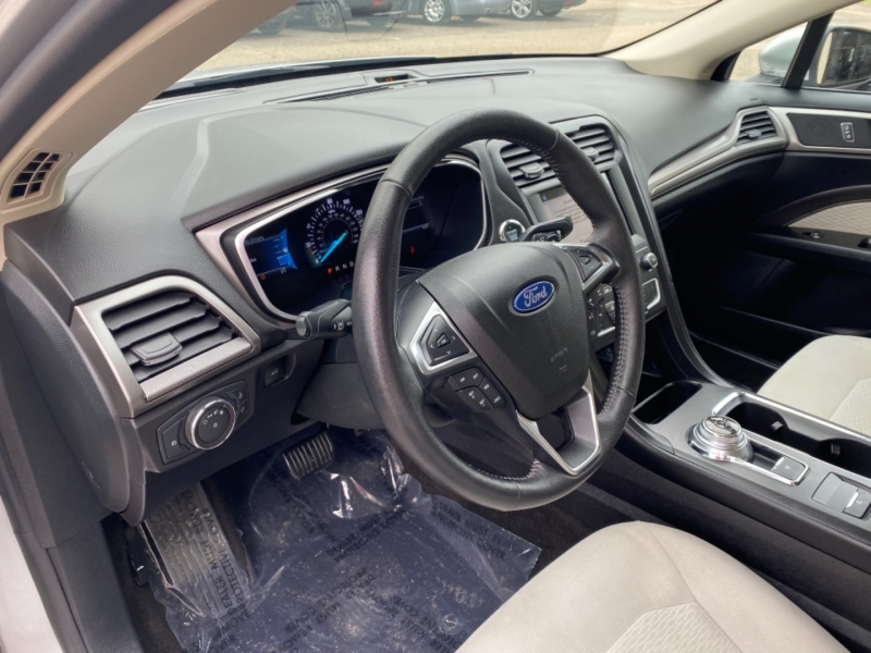 Ford Fusion 2019 price $14,999