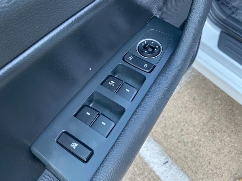 Hyundai Sonata 2018 price $17,499