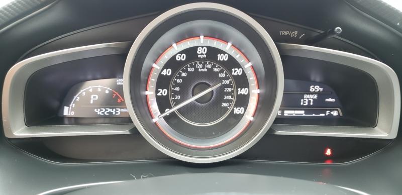 Mazda Mazda3 2015 price $11,999